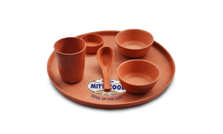 Impress Your Guests with the Eco-friendly Clay  Tableware