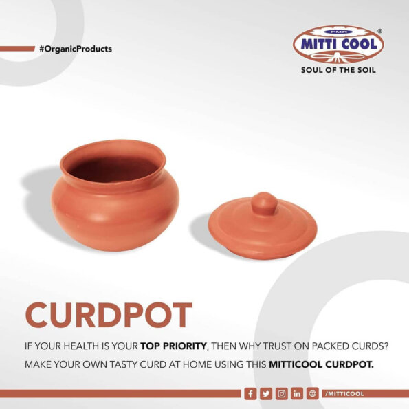 Earthen Clay Curd Pot with Cap (650 ml (1)