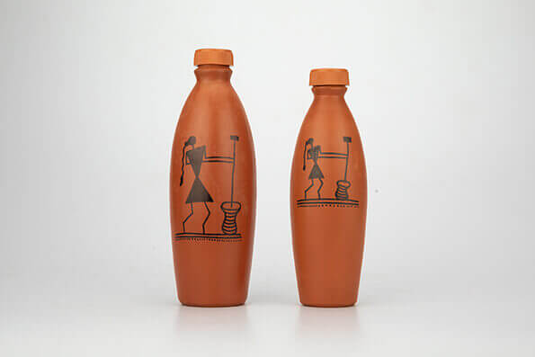 6 Wonderful Benefits of Drinking Water from Clay Bottle